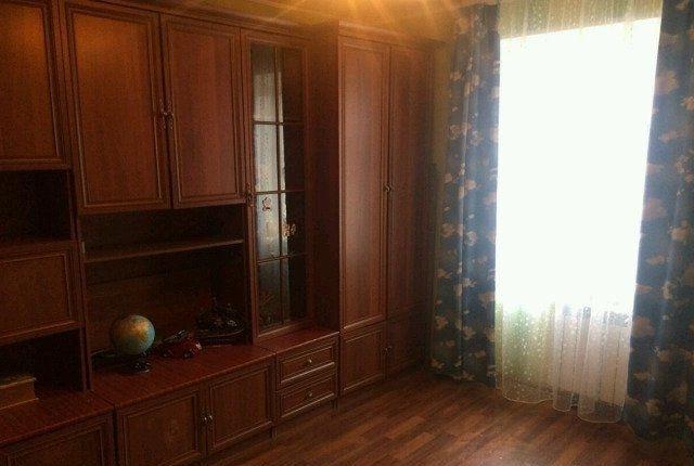 Продам просторную комнату  бывшем общежитии.