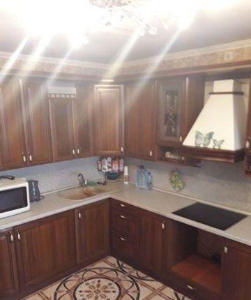 Продам 1-комнатную квартиру в замечательном районе с развитой инфраструктурой.